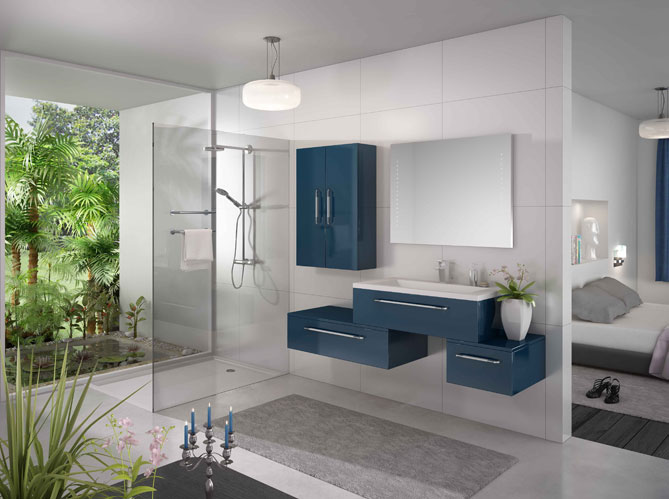 Les couleurs s invitent dans la salle de bains elle - Salle de bain garcon ...