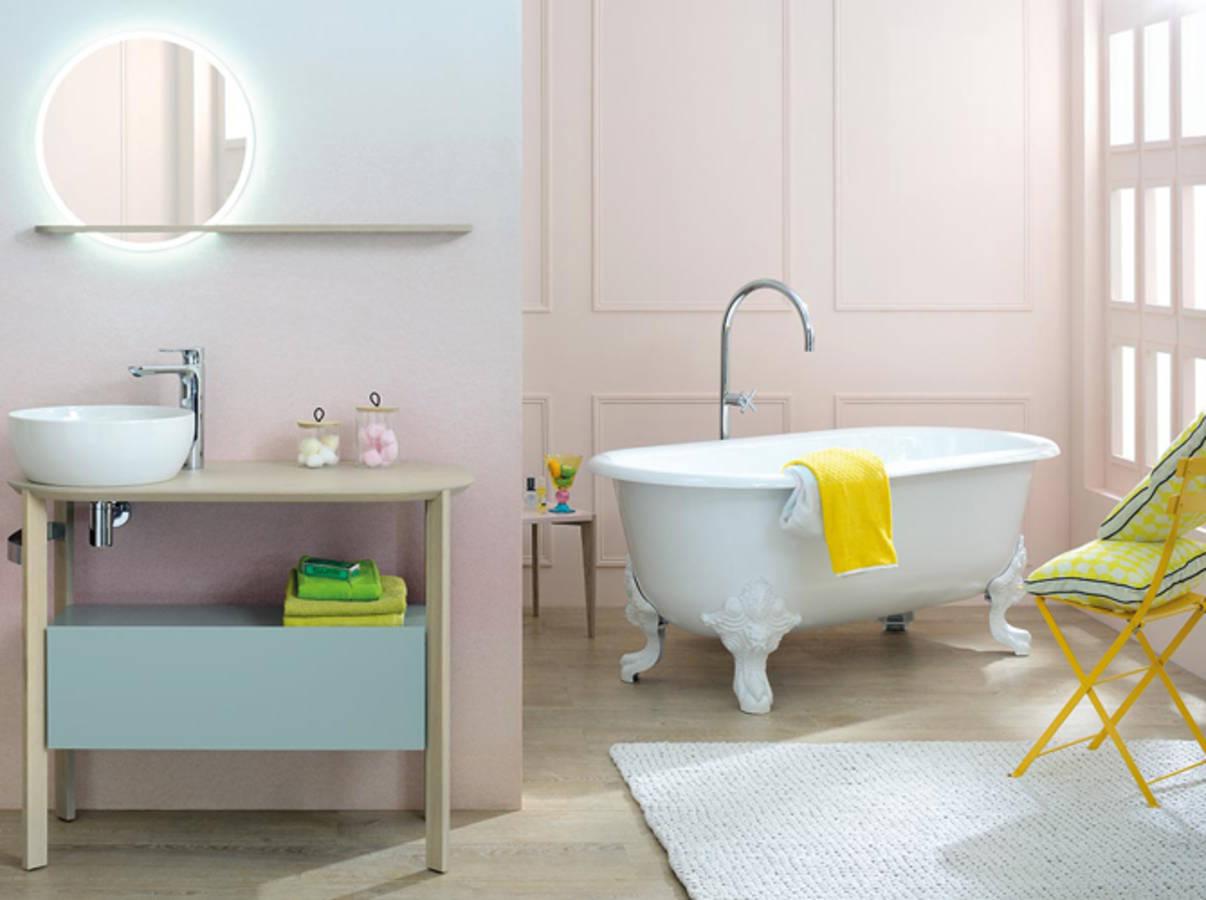 Nos id es avec des meubles de salle de bains design elle d coration - Salle de bain feminine ...