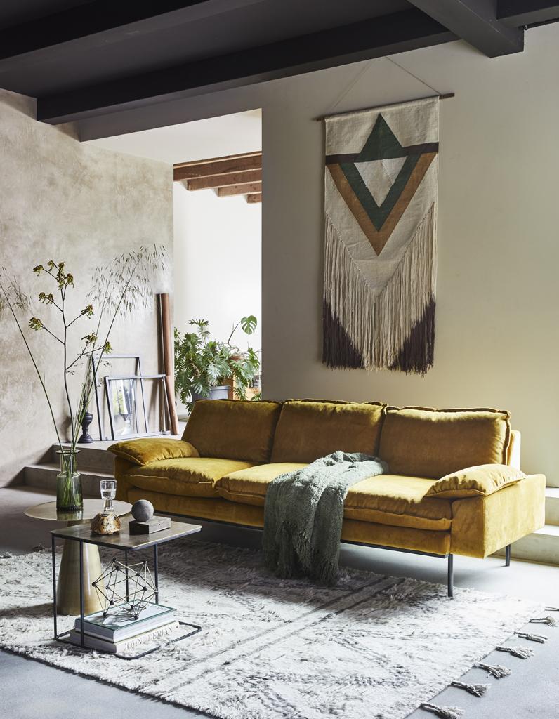 canap en velours notre shopping pour un salon glamour elle d coration. Black Bedroom Furniture Sets. Home Design Ideas