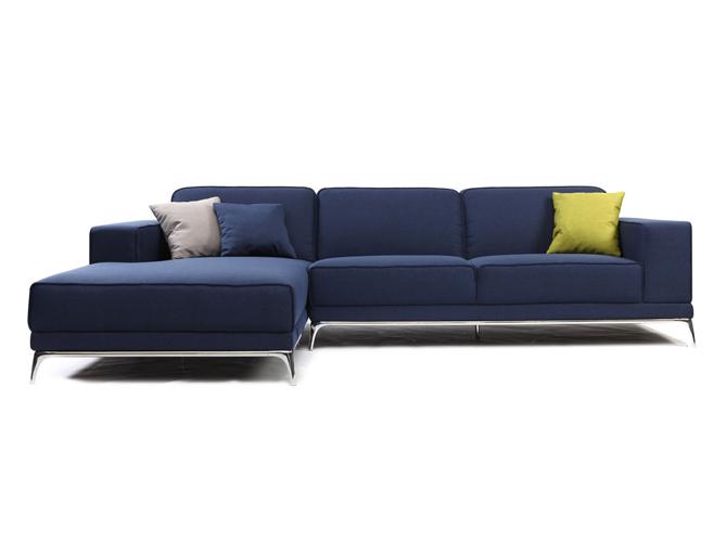Deco salon avec canape bleu for Decoration de canape