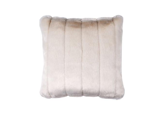 les coussins donnent du style votre canap elle d coration. Black Bedroom Furniture Sets. Home Design Ideas