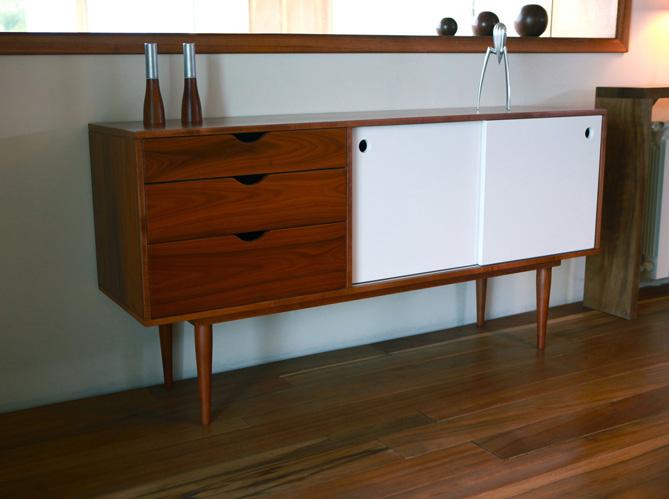 Tendance d co les meubles ann es 50 elle d coration - Pied de meuble vintage ...