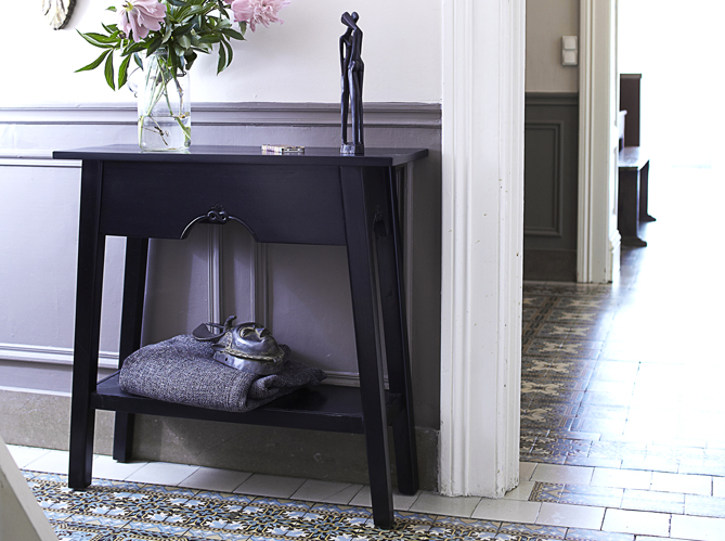 des meubles sympas pour une petite entr e elle d coration. Black Bedroom Furniture Sets. Home Design Ideas