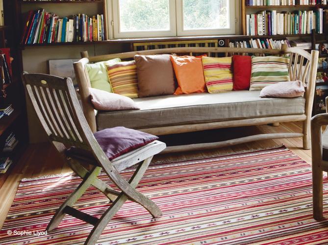 comment choisir et entretenir son tapis elle d coration. Black Bedroom Furniture Sets. Home Design Ideas