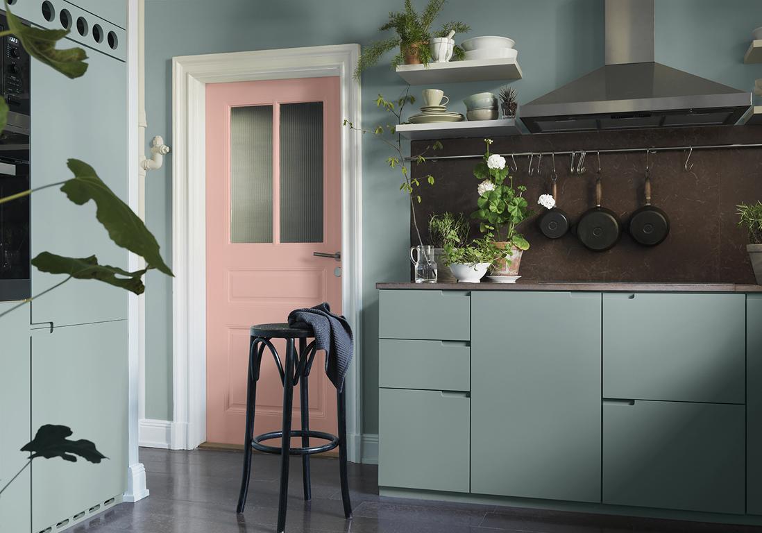 D corer une porte comment d corer une porte avec de la peinture elle d coration - Salon decorer pour petits espaces designs de salon qui fonctionnent ...