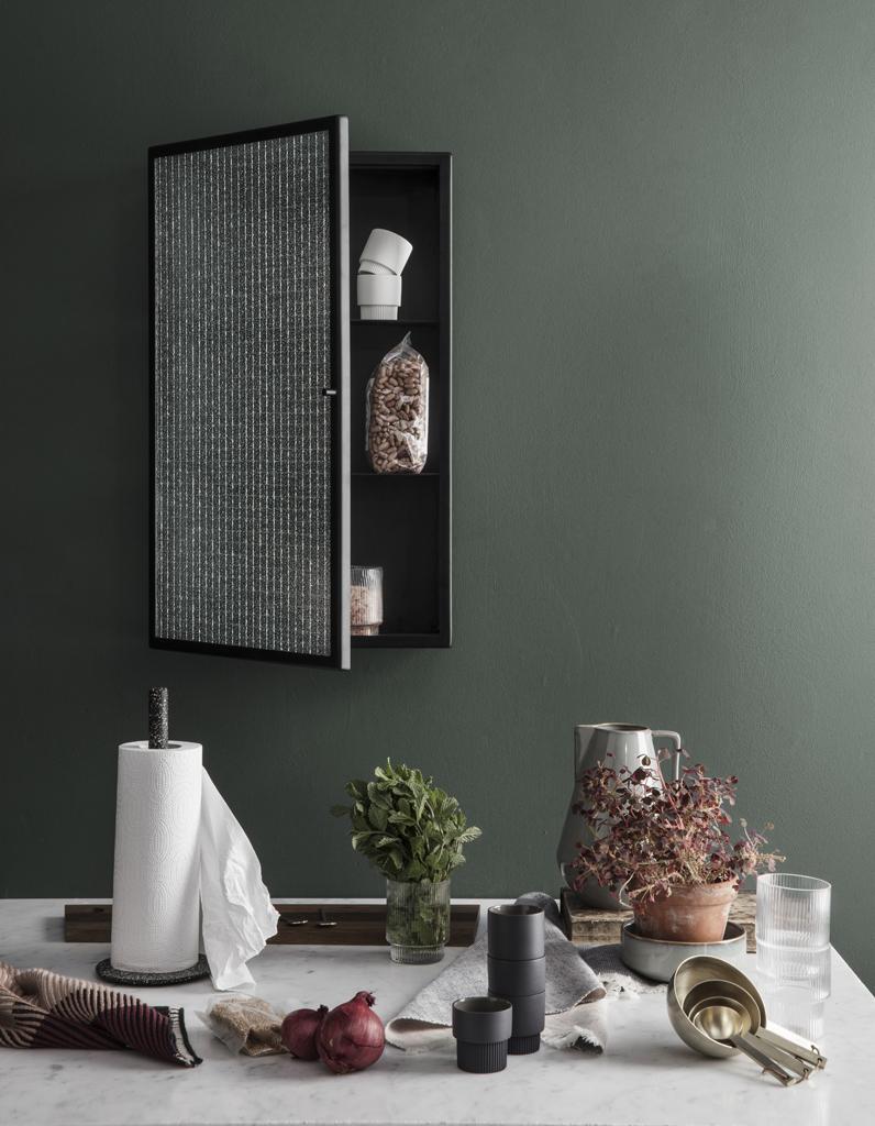 Cube rangement mural free connectwide rtro en bois carr - Cube de verre salle de bain ...