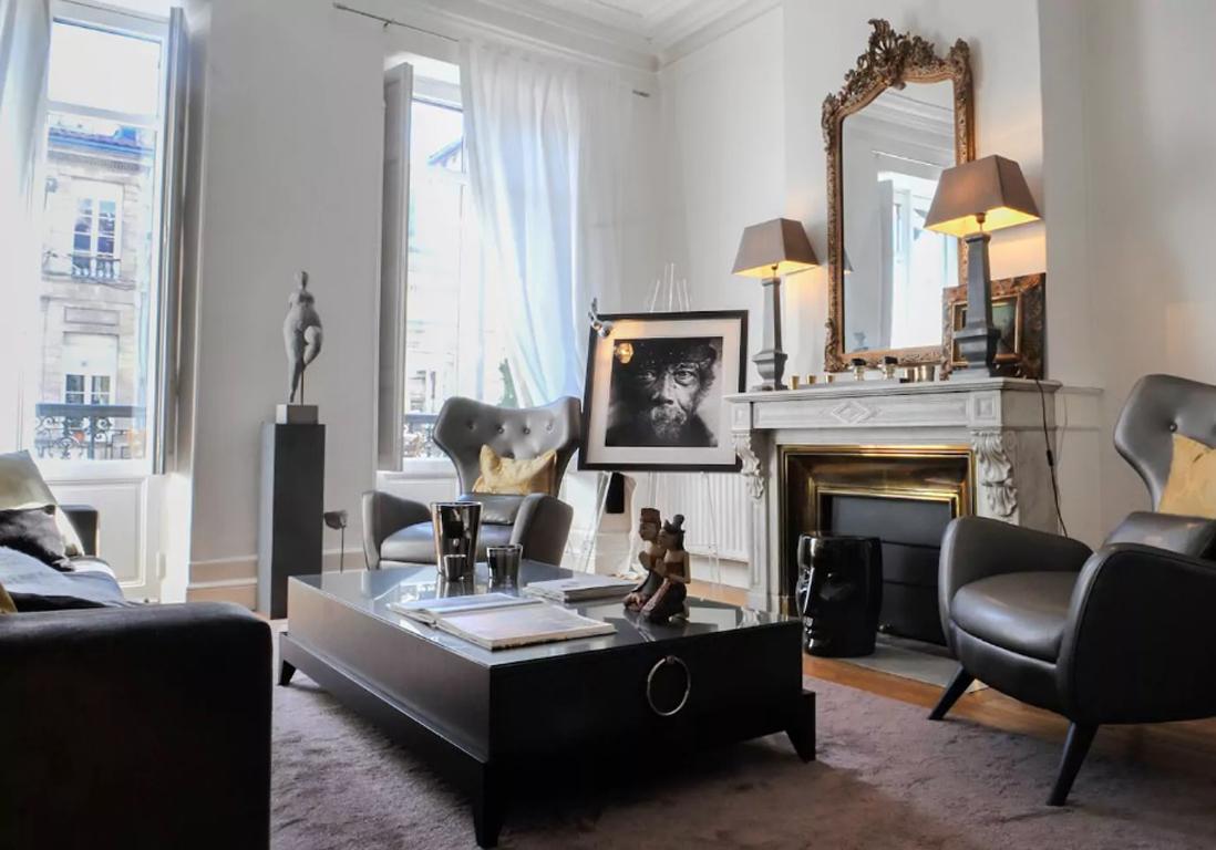 Airbnb bordeaux 30 villas lofts et appartements de r ve for Appartement bordeaux