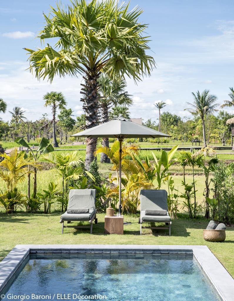 une piscine en pleine nature un h tel au cambodge entre luxe et nature elle d coration. Black Bedroom Furniture Sets. Home Design Ideas