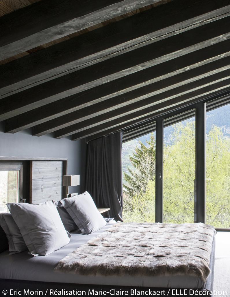 Chalet contemporain avec mat riaux naturels courchevel for Chambre avec vues