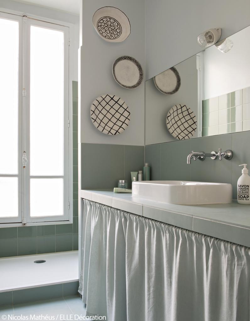bleu turquoise et pastel le duo gagnant de cet appart. Black Bedroom Furniture Sets. Home Design Ideas