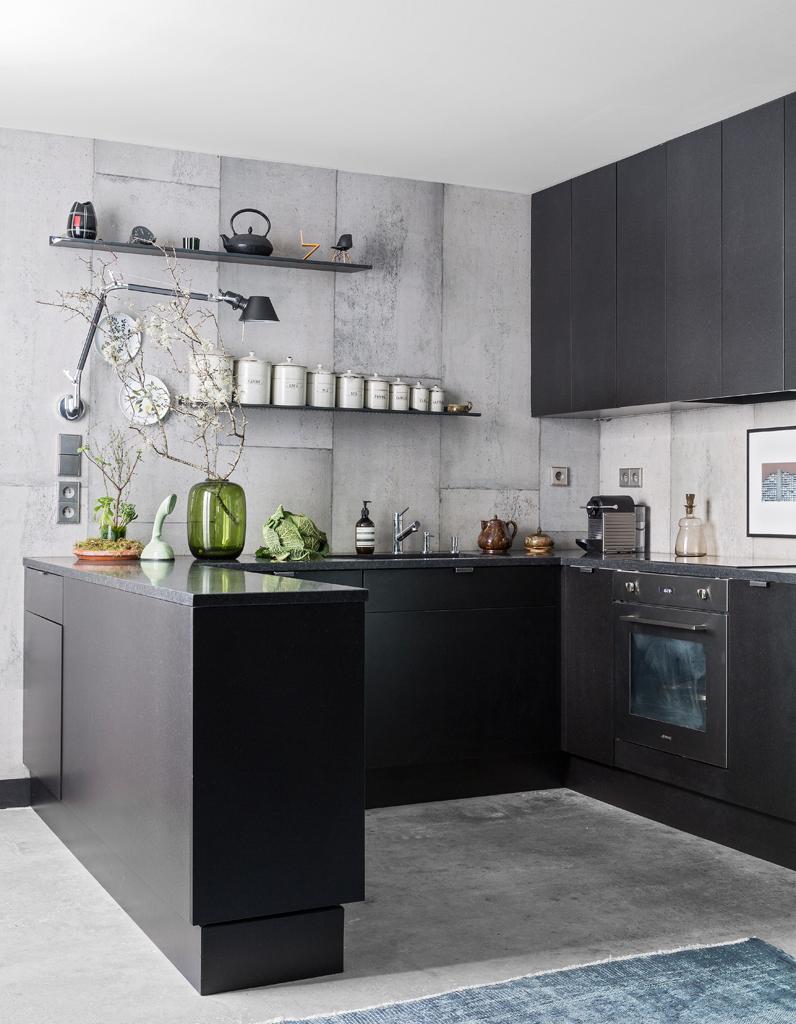 un triplex parisien la d co min rale elle d coration. Black Bedroom Furniture Sets. Home Design Ideas