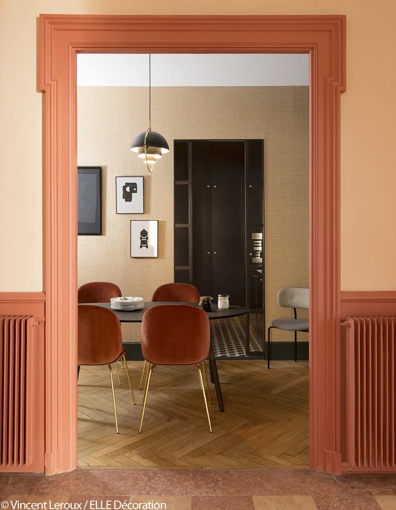 vert et terracotta l 39 alliance chic et choc de cet appart lyonnais elle d coration. Black Bedroom Furniture Sets. Home Design Ideas