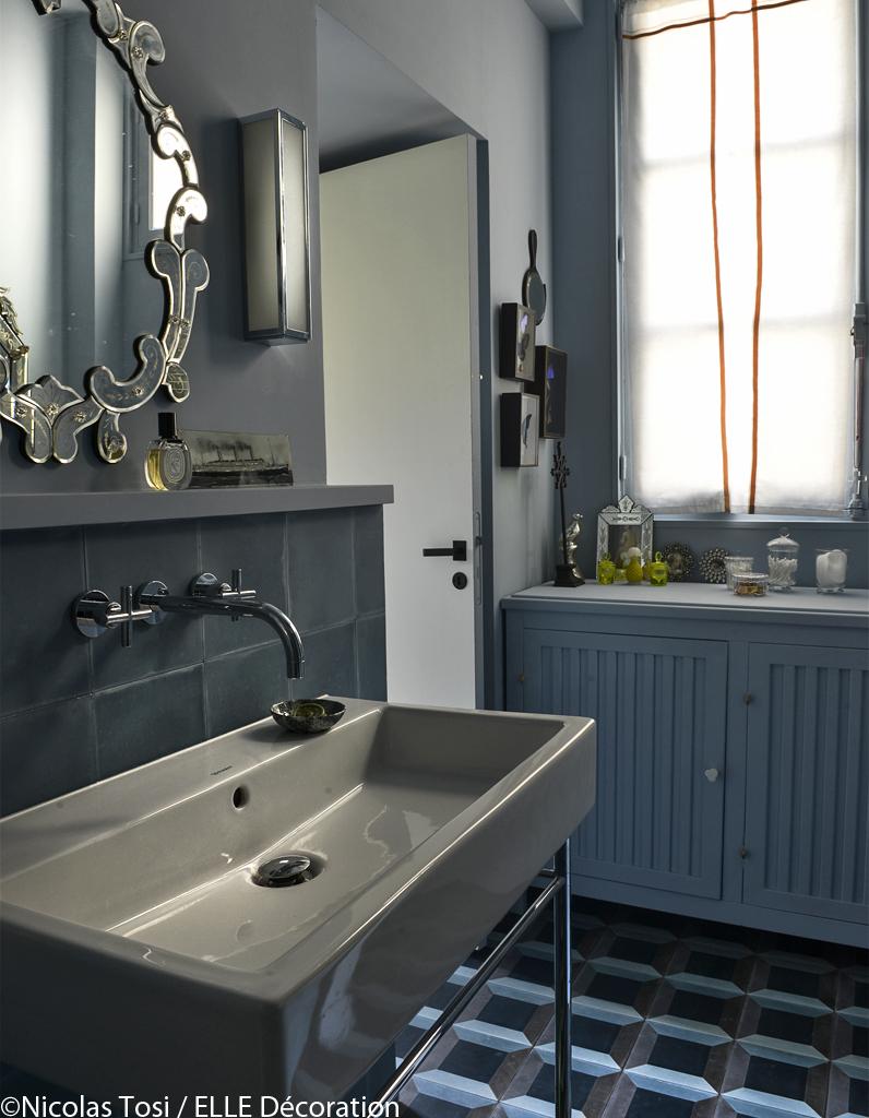 Un loft de charme pr s de paris elle d coration - Salle de bain loft ...