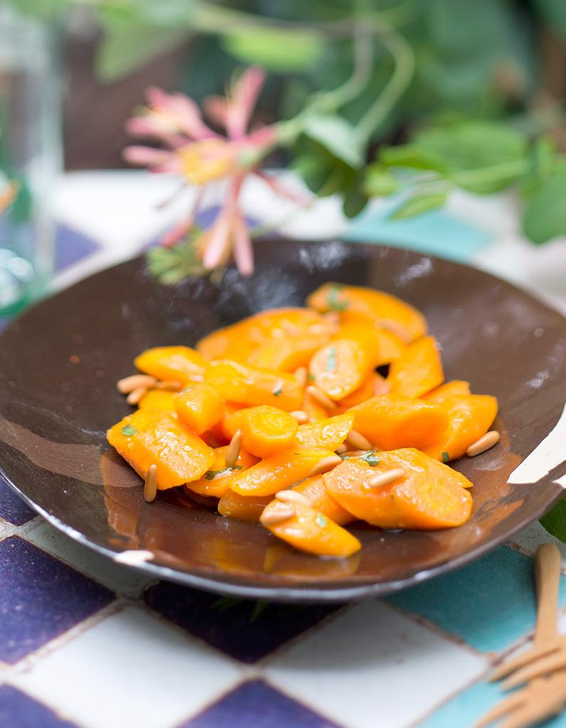salade de carottes au jus d orange buffet d 39 t 16 recettes faciles elle table. Black Bedroom Furniture Sets. Home Design Ideas