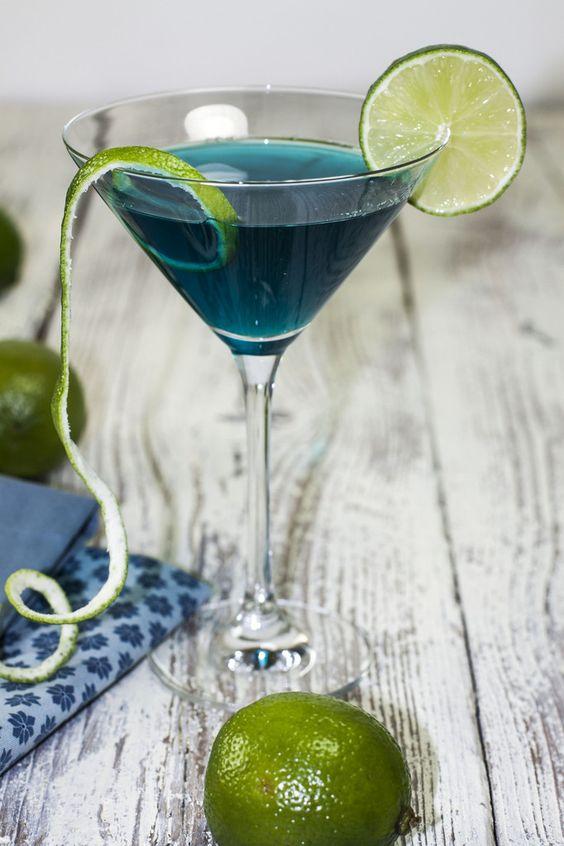 Cocktail blue lagoon vodka des cocktails bleus pour for Site de cocktail