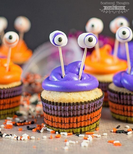 Cupcakes monstres frissonnez avec des cupcakes d halloween elle table - La cuisine du monstre tours ...