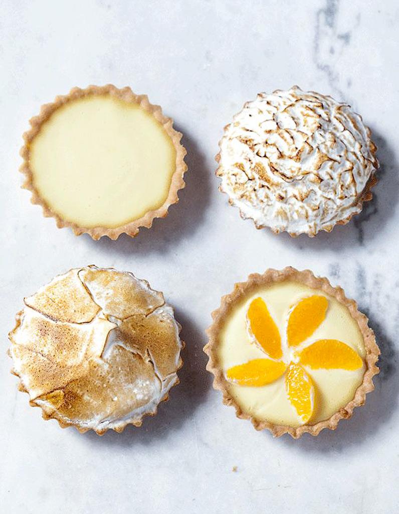 Tartelettes de cl mentines meringu es desserts que - Que faire avec des cagettes de clementines ...