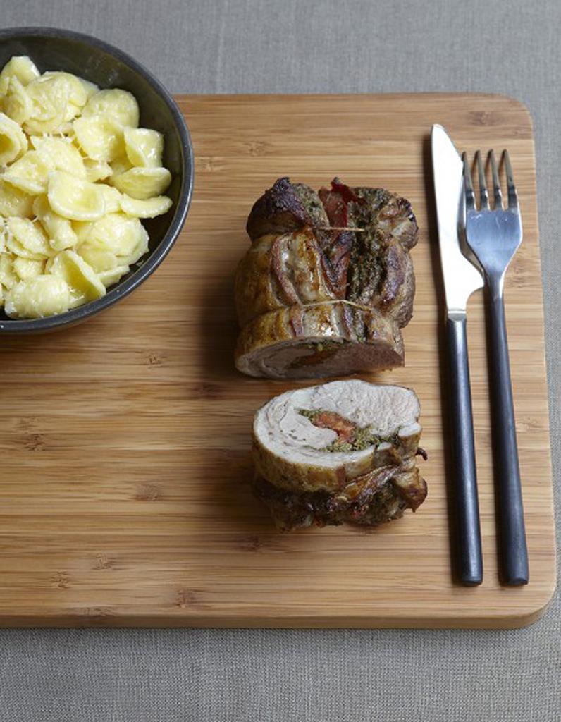 Selle d agneau au pesto p ques 57 recettes d agneau elle table - Comment cuisiner la selle d agneau ...