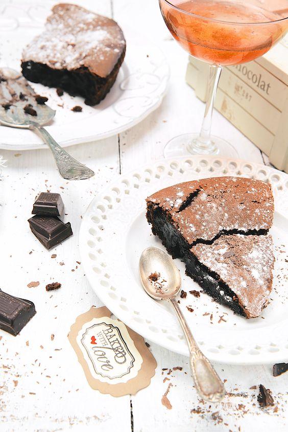 Plateau t l nos id es de plateaux t l originaux et - Fondant au chocolat la table a dessert ...