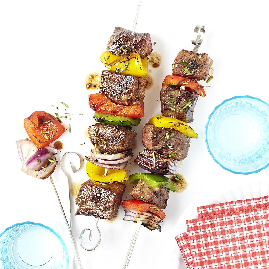 Brochette de boeuf comment sublimer des brochettes de - Comment cuisiner des boulettes de boeuf ...