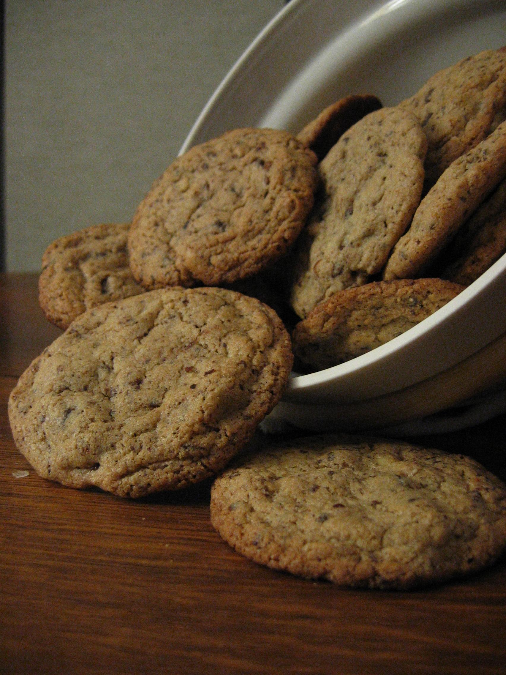 cookies au deux chocolats pour 8 personnes recettes elle. Black Bedroom Furniture Sets. Home Design Ideas