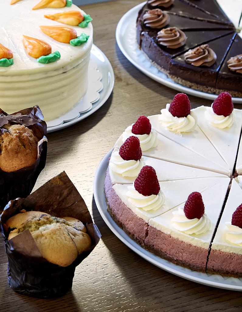 cheesecake chocolat blanc et framboise de rachel s cakes pour 10 personnes recettes elle table. Black Bedroom Furniture Sets. Home Design Ideas