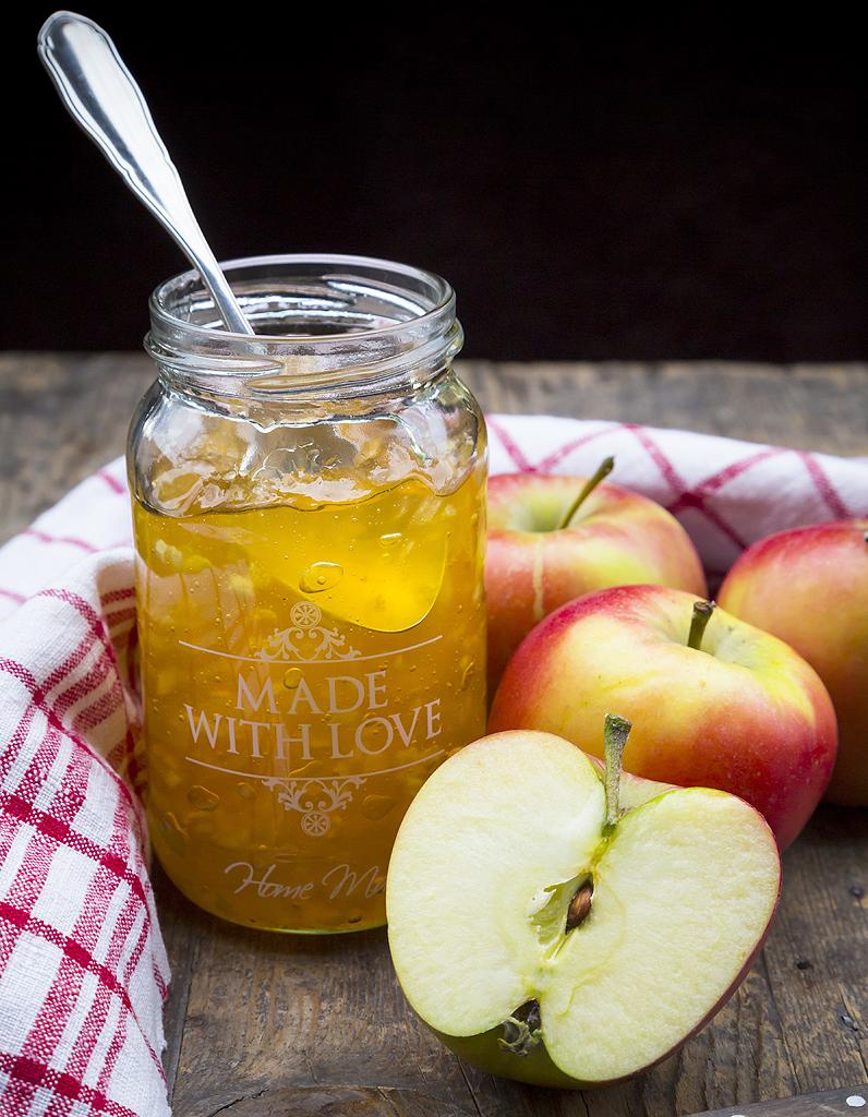 confiture de pommes aux deux citrons et au miel pour 1. Black Bedroom Furniture Sets. Home Design Ideas