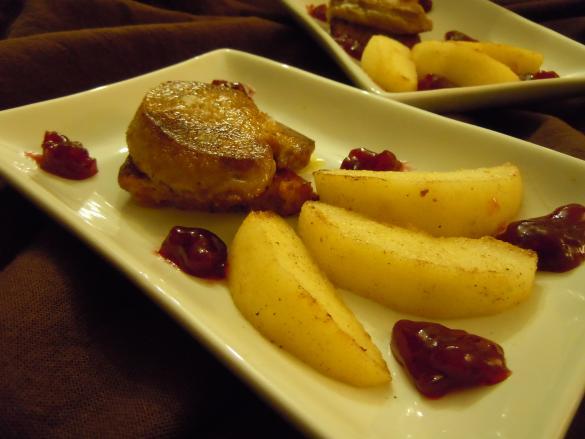 Foie gras et pommes aux pain d 39 pices pour 6 personnes for Chutney de pommes pour foie gras