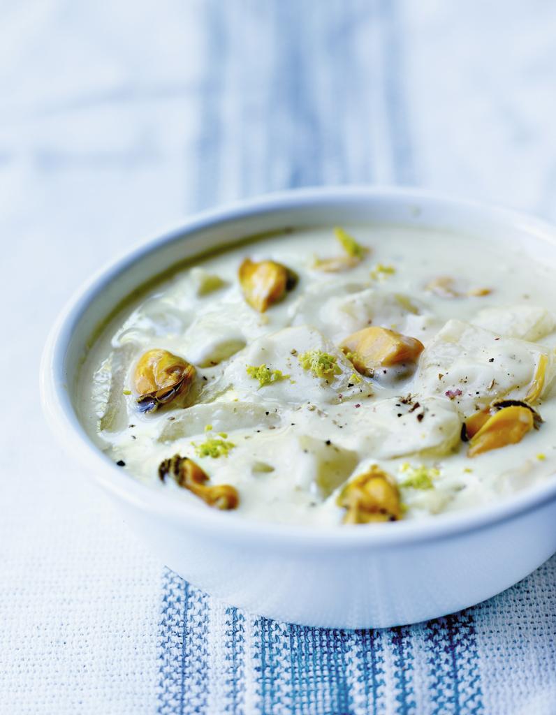 Moules chowder pour 4 personnes recettes elle table - Site de recettes cuisine ...