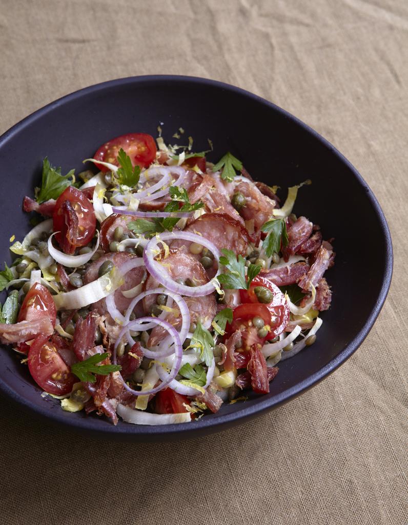 Petit sal croustillant en salade pour 6 personnes recettes elle table - Petite recette de cuisine ...