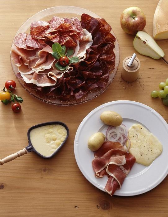 Raclette pour 6 personnes recettes elle table - Recette cuisine france 2 telematin ...