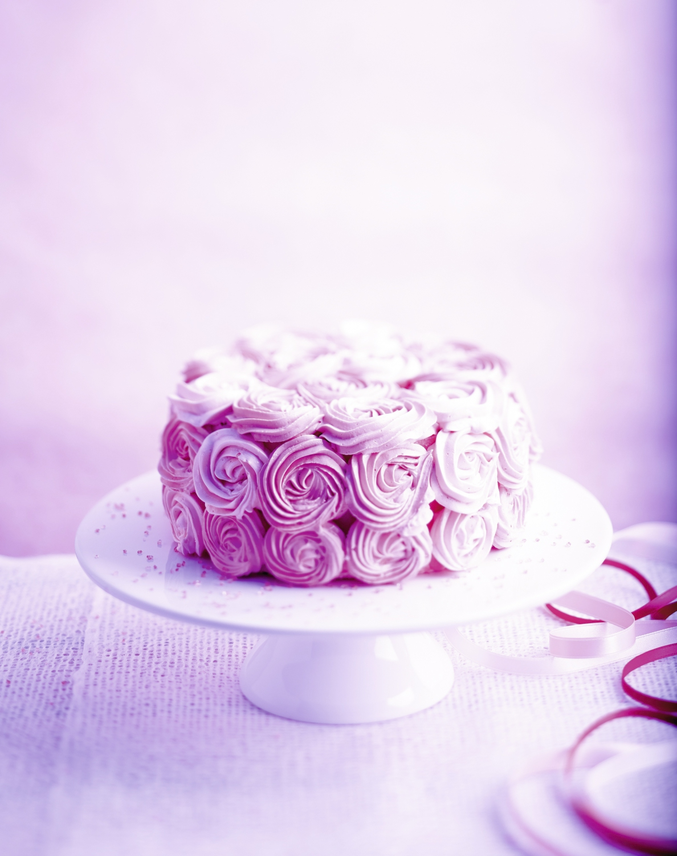 Rose cake pour 6 personnes recettes elle table for Decoration avec des roses