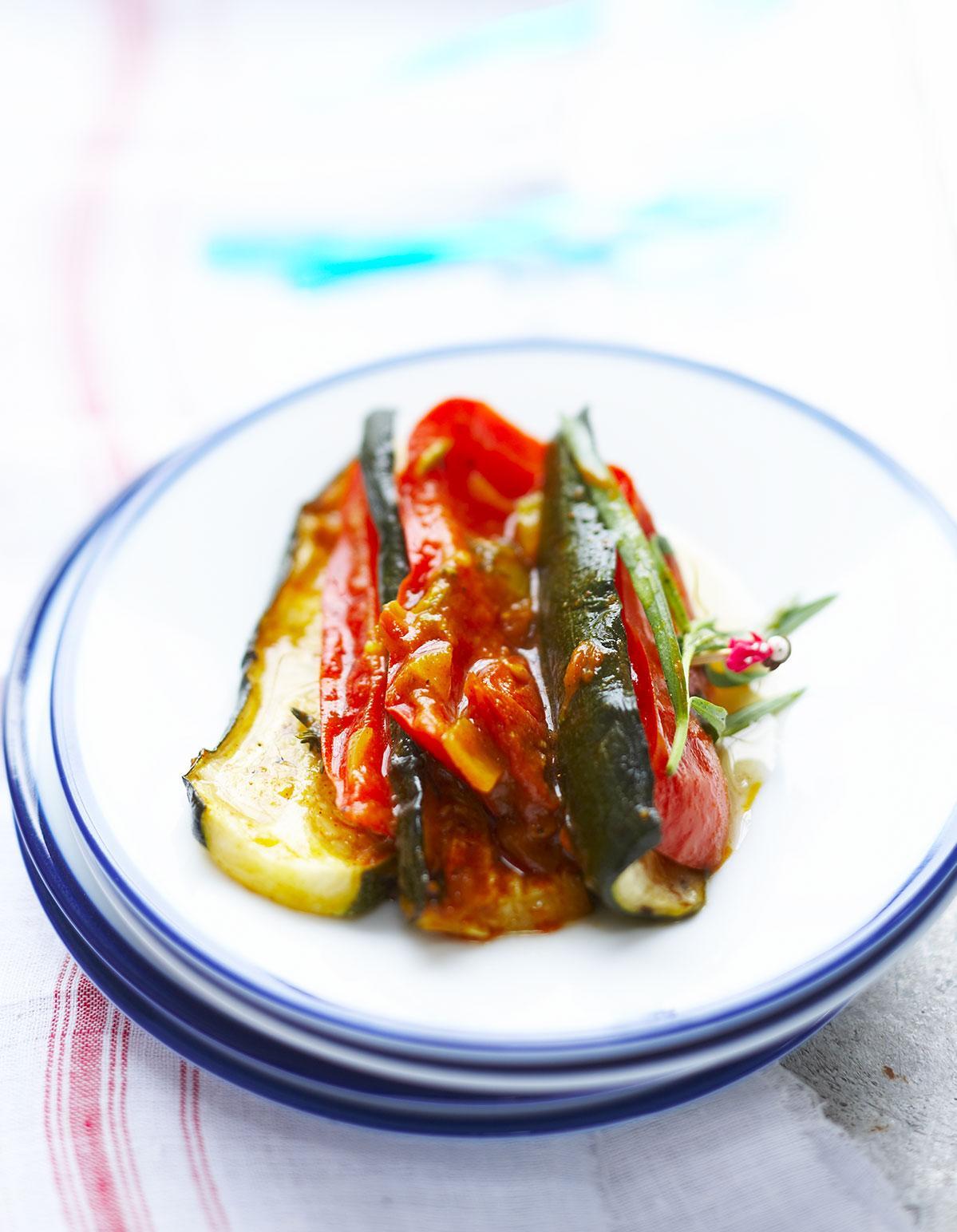 Terrine de l gumes grill s et mozzarella pour 10 personnes recettes elle table - Terrine de legumes facile et rapide ...