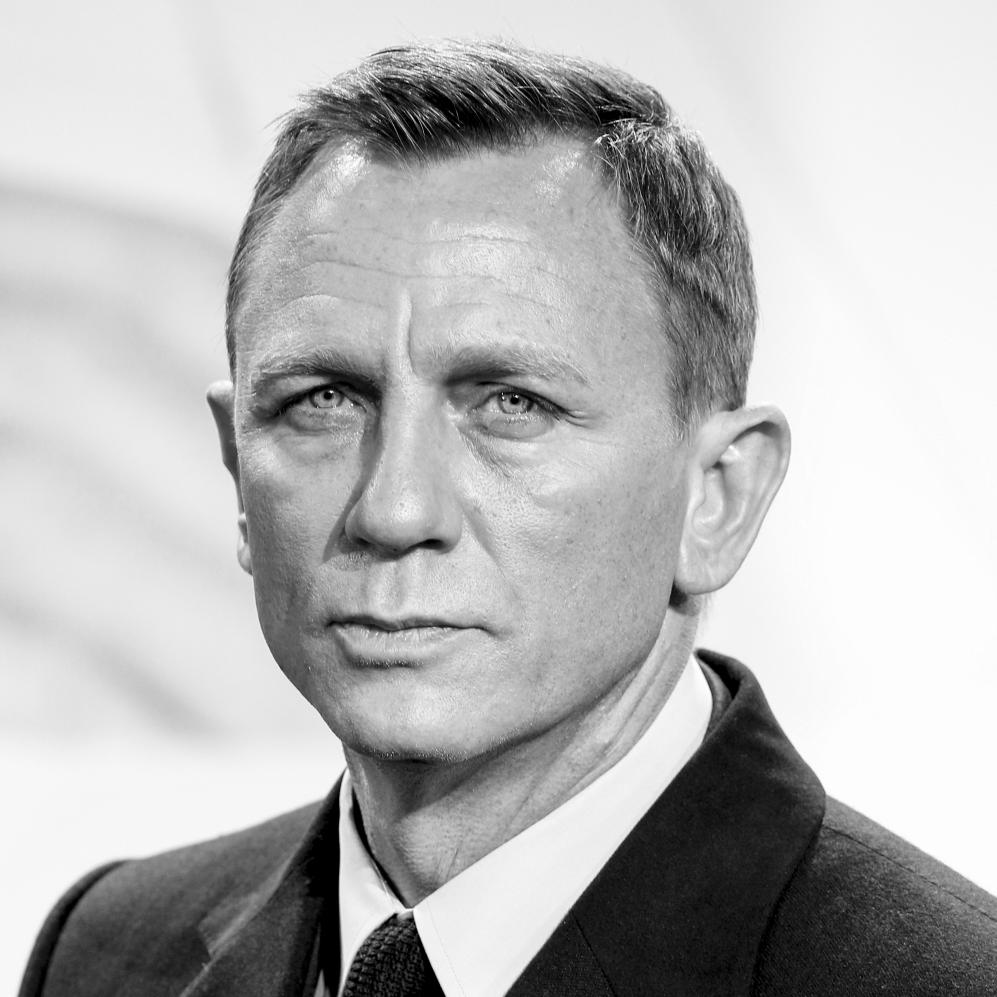 james bond pourquoi daniel craig ne veut pas abandonner ce r le elle. Black Bedroom Furniture Sets. Home Design Ideas