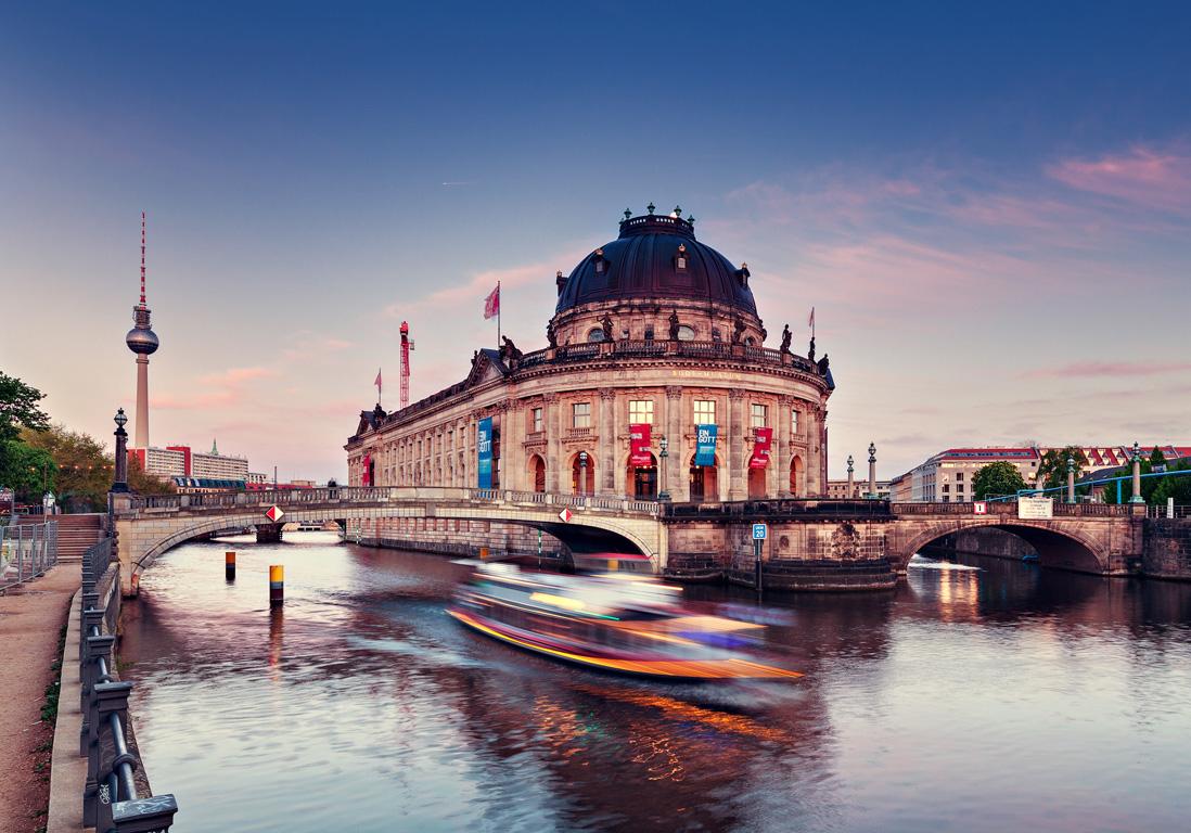 berlin les 12 plus belles villes d europe pour s offrir un long week end elle. Black Bedroom Furniture Sets. Home Design Ideas