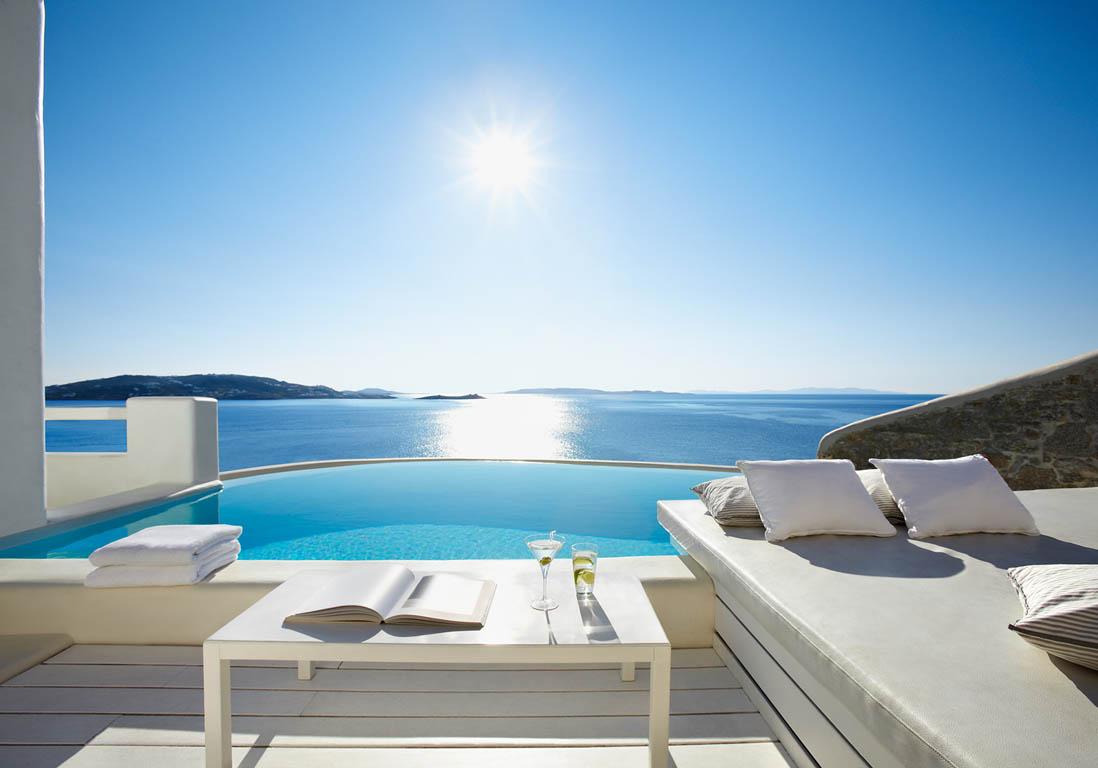 Cavo tagoo mykonos gr ce piscine priv e les plus beaux h tels pour un s jour exceptionnel for Hotel avec piscine dans la chambre