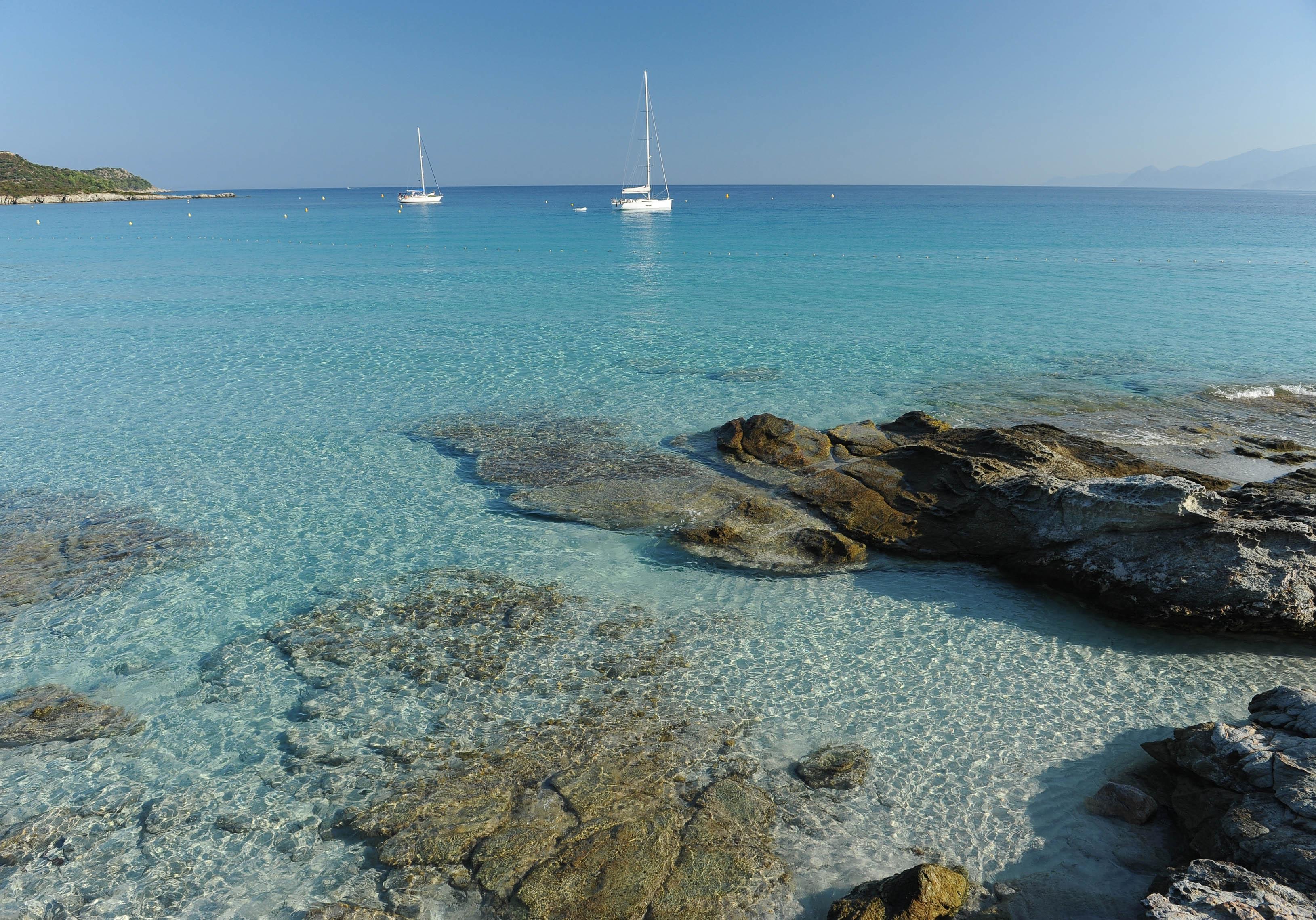 Plage m diterran e notre guide des plus belles plages de for Les plus belles suites parentales