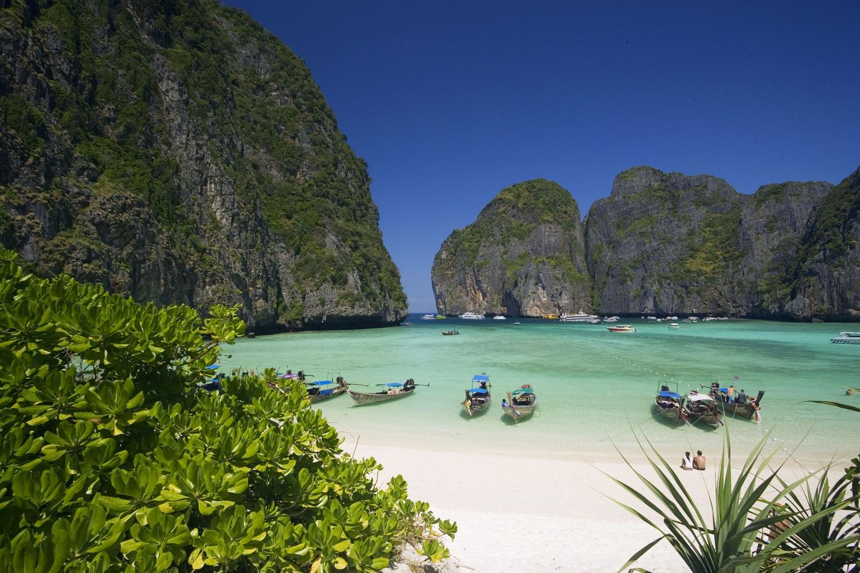 Plage tha lande sauvage la plage maya bay les 10 plus for Les plus belles chambres parentales