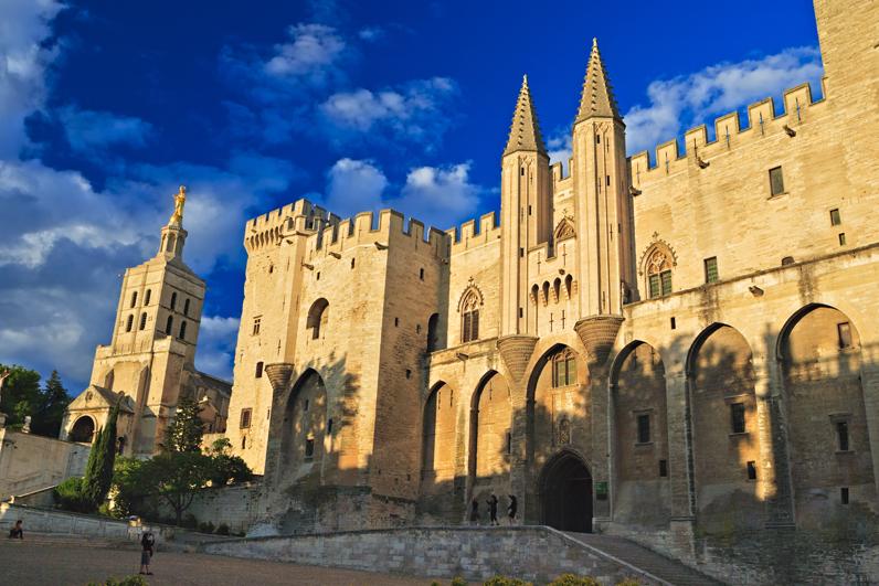 Le palais des papes vaucluse les 15 plus beaux coins for Hotel au sud de la france