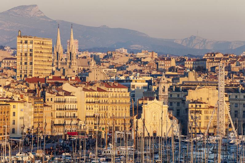 Le vieux port de marseille bouches du rh ne les 15 for Marseille bouche du rhone