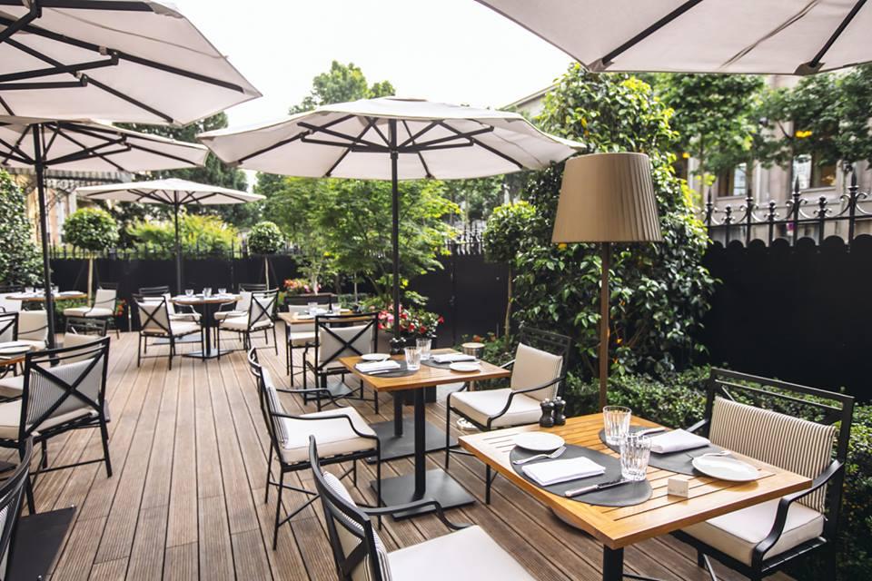 Le shangri la h tel paris 10 adresses pour un afterwork en terrasse elle - Terrasse jardin resto paris toulouse ...