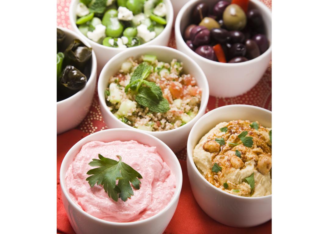Un restaurant grec toulouse restaurants grecs 11 adresses pour d ner entre amis elle - Restaurant la table du grec ...