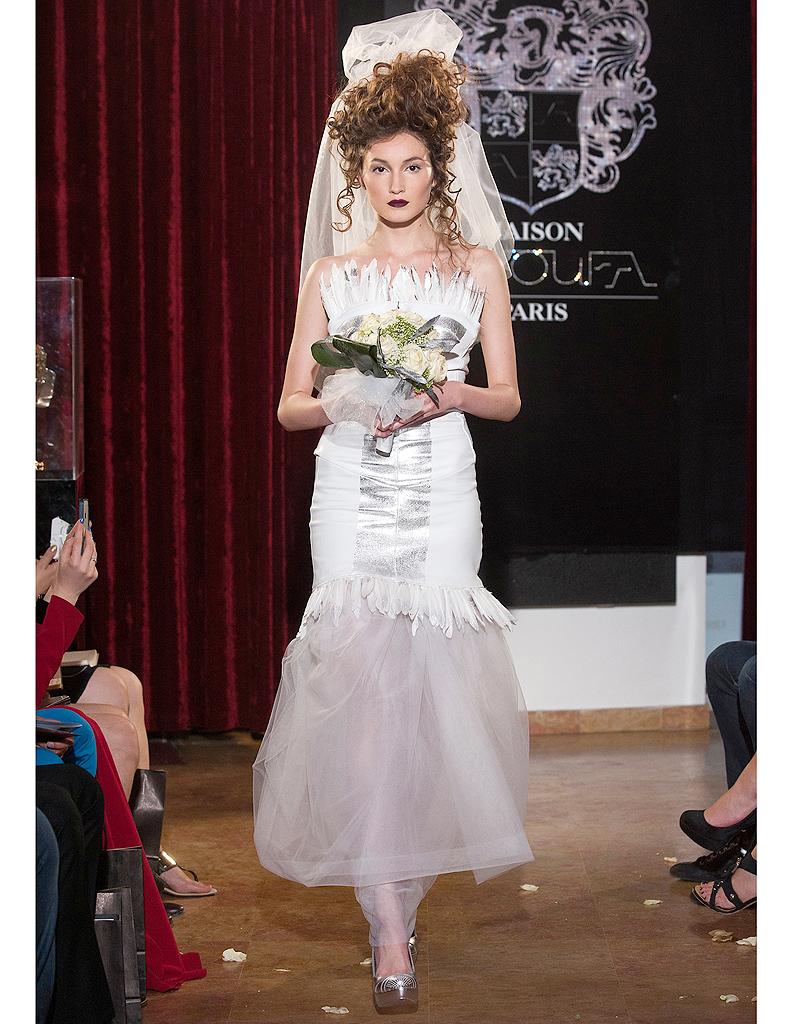 robe de marie jean paul gaultier haute couture robes de. Black Bedroom Furniture Sets. Home Design Ideas