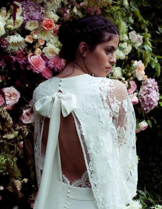 Robe de mari e dentelle 30 robes de mari e en dentelle for Boîtes pour robes de mariée
