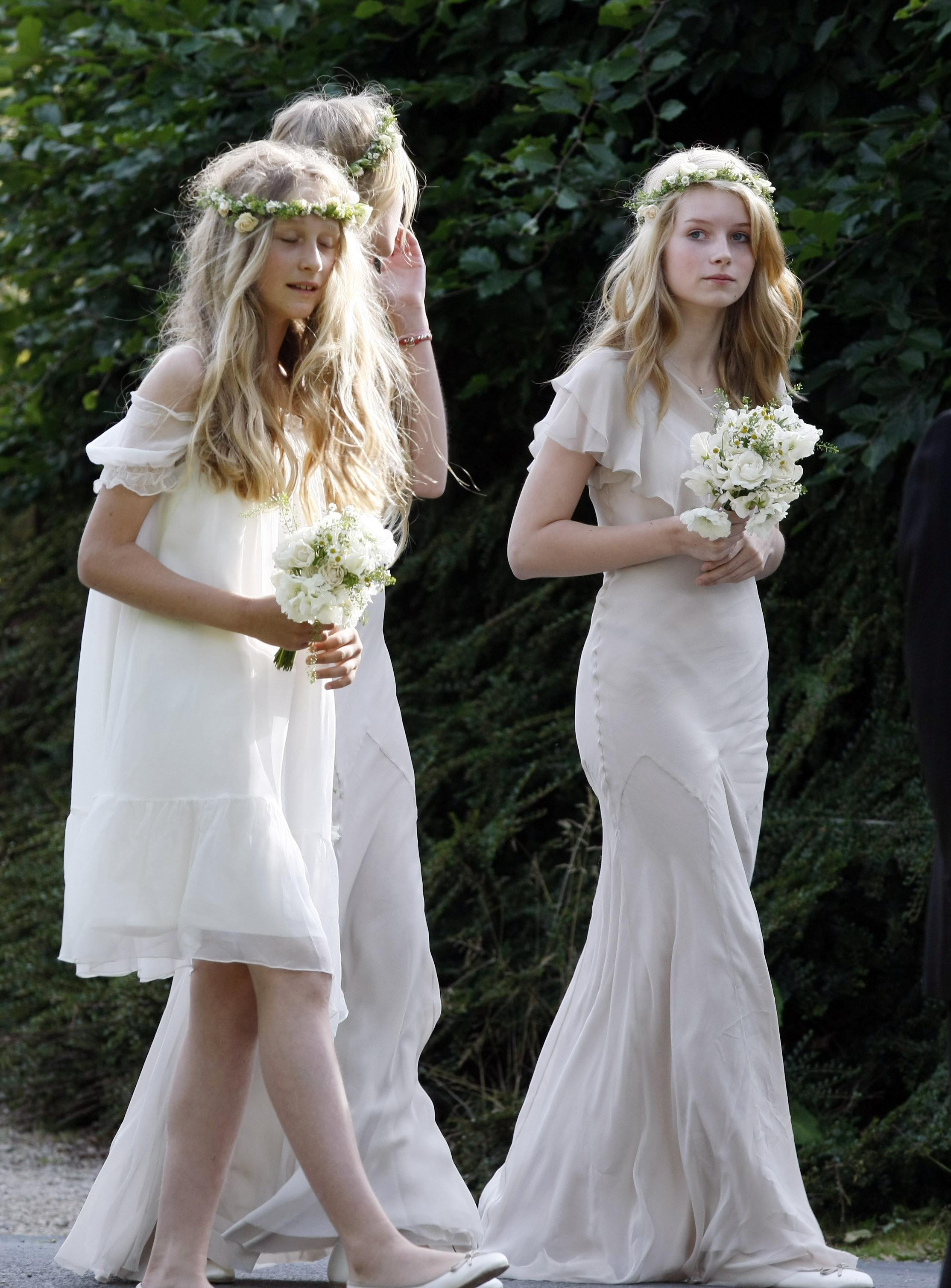 La robe de demoiselle d\u0027honneur de Lottie Moss au mariage de Kate Moss et