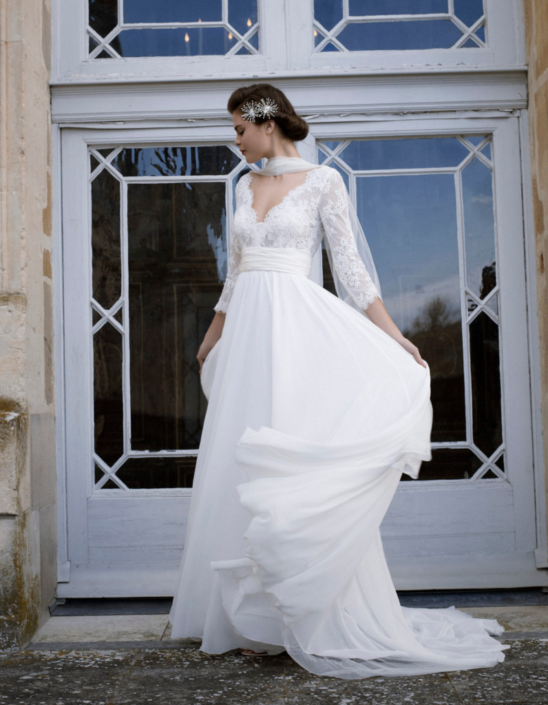 robe de mari e d 39 hiver cymbeline 22 robes de mari e d hiver blouissantes elle. Black Bedroom Furniture Sets. Home Design Ideas