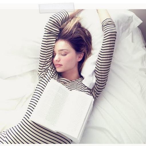 trouver le sommeil comment trouver le sommeil elle. Black Bedroom Furniture Sets. Home Design Ideas