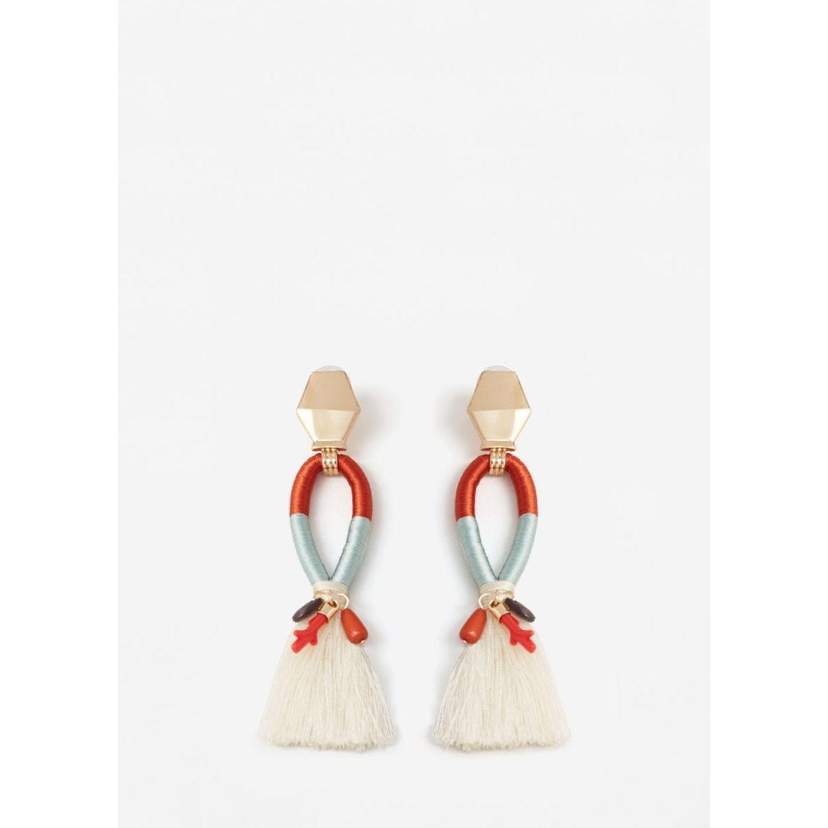boucles d oreilles pompon la redoute on veut des boucles d 39 oreilles pompons elle. Black Bedroom Furniture Sets. Home Design Ideas