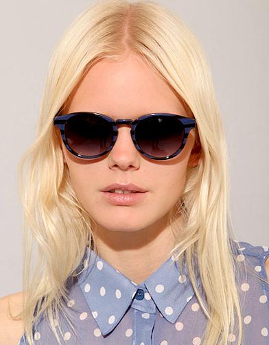 mode tendance guide shopping lunettes petit minois rayures pixie market lunettes de soleil. Black Bedroom Furniture Sets. Home Design Ideas