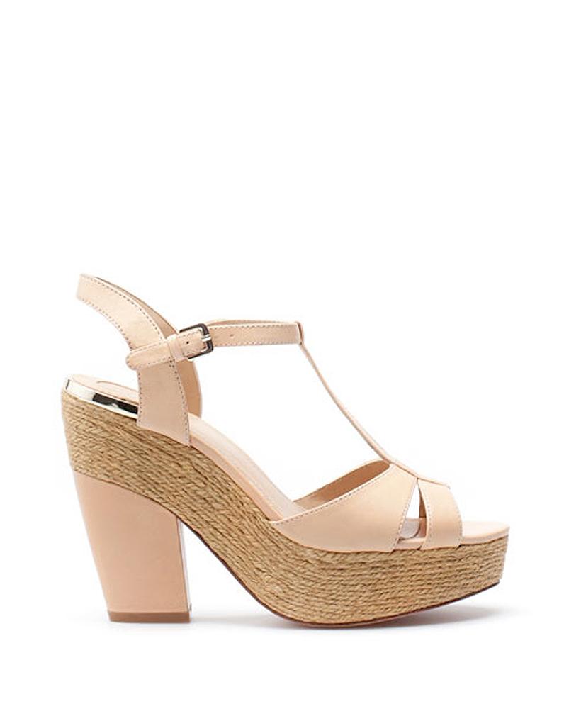 sandales compens es en cuir rose poudr uterque 5 pays 10 marques qu 39 on leur jalouse elle. Black Bedroom Furniture Sets. Home Design Ideas